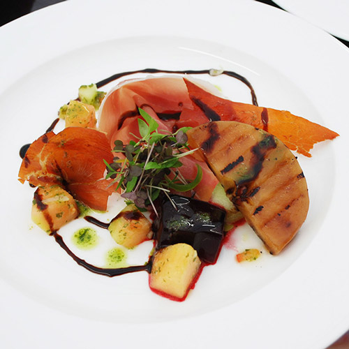 Chargrilled squash, beetroot gel, crispy ham and blackberry balsamic