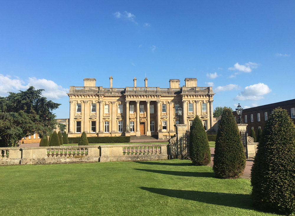 Heythrop Park is a luxury venue and hotel set within 440 acres of parkland
